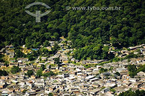 Invasao no bairro cota 50 na encosta da Serra do Mar - Parque Estadual da Serra do Mar  - Cubatao - SP - Brasil  - Serra - São Paulo - Brasil