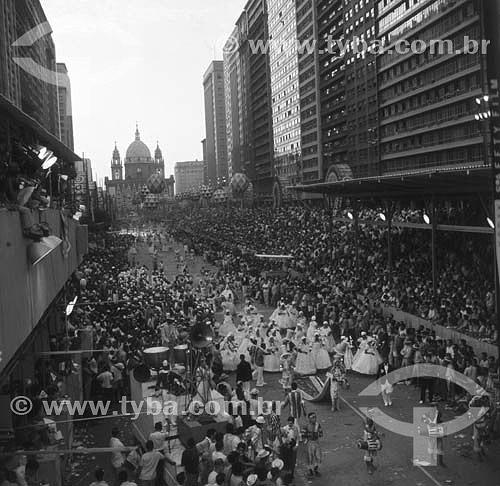 Carnaval de rua na Av. Presidente Vargas - festa popular - Rio de Janeiro - RJ - Brasil  - Rio de Janeiro - Rio de Janeiro - Brasil