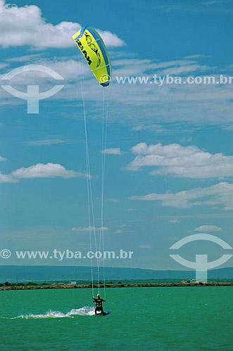 Kite Surf na represa de Paulo Afonso - Bahia - Brasil  - Paulo Afonso - Bahia - Brasil