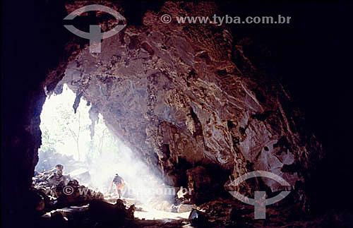 Caverna no Sítio Arqueológico do Vale do Peruaçu - MG - Brasil  - Itacarambi - Minas Gerais - Brasil
