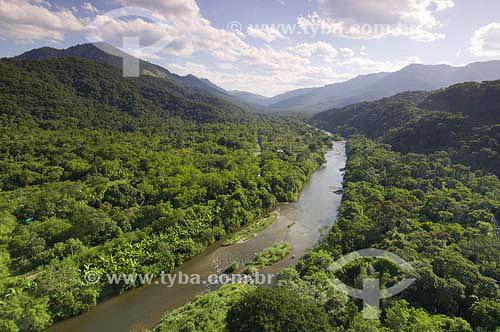 Assunto: Vista do Rio Cubatão no Parque Estadual da Serra do Mar - Núcleo Itutinga-Pilões  / Local: São Paulo (SP) - Brasil / Data: 03/2007