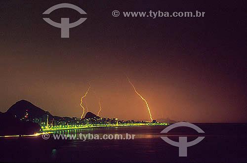 Raios caindo sobre a zona sul da cidade - Rio de Janeiro - RJ - Brazil  - Rio de Janeiro - Rio de Janeiro - Brasil