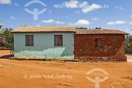 Casas tipicas perto da Gruta Lapa Doce - Chapada Diamantina - BA - Brasil  - Bahia - Brasil