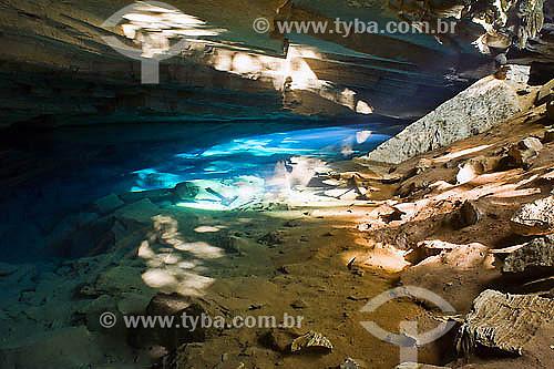 Gruta Azul, perto da Pratinha - Chapada Diamantina - BA - Brasil  - Bahia - Brasil