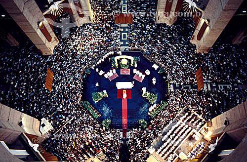 Multidão em missa católica no Santuário Nacional de Nossa Senhora da Conceição Aparecida - Aparecida - SP - Brasil  - Aparecida - São Paulo - Brasil