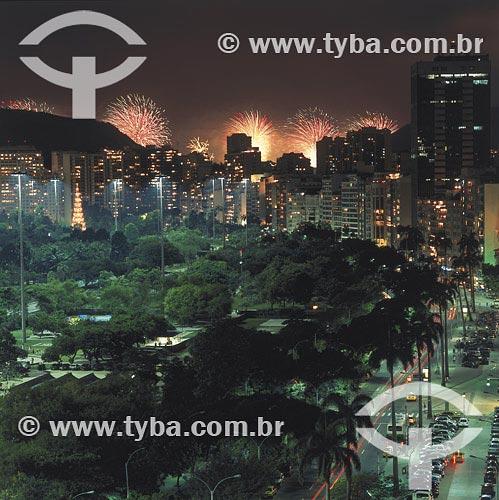 Assunto: Fogos de artifício na Praia do FlamengoLocal:  Rio de Janeiro - RJ - BrasilData: