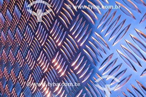 Assunto: Placas de alumínio, Reciclagem do Alumínio no Brasil