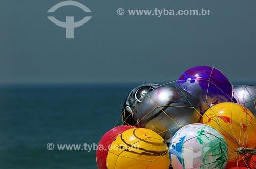 Assunto: Balões Data: 16/11/2006