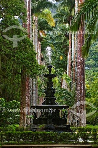 O Chafariz das Musas feito de ferro fundido (final do século XIX), tem várias alegorias, entre elas quatro figuras que representam a poesia, a música, a ciência e a arte  - Rio de Janeiro - Rio de Janeiro - Brasil