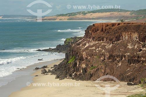 Assunto: Praia das MinasLocal: Tibau do Sul - RNData: 05/2006Autor: Delfim Martins