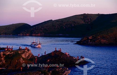 Assunto: Entrada do CanalLocal: Cabo Frio - RJ / Data: 01/2000