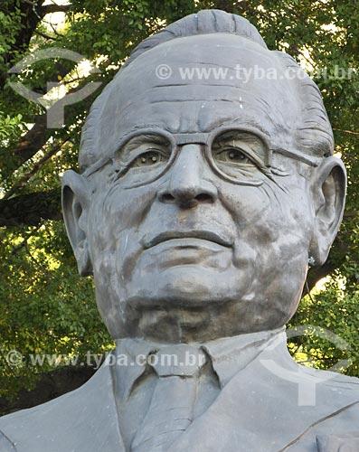 Assunto: Escultura do busto de Getúlio Vargas na Glória / Local: Rio de Janeiro - RJ / Data: 06/2008
