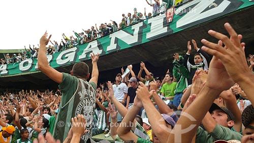 Assunto: Torcida do Coritiba no Estádio Couto Pereira / Local: Curitiba - PR - Brasil / Data: 01/2008