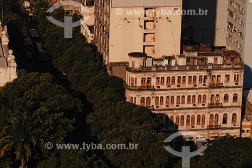 Assunto: árvores sobre a Rua Marechal Floriano (anitga Rua Larga) / Local: Bairro Centro - Rio de Janeiro - RJ - Brasil / Data: 03/2008