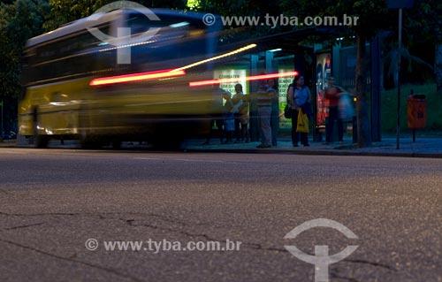 Assunto: Ponto de ônibus na Praia do Flamengo / Local: Rio de Janeiro - RJ / Data: 02/2008