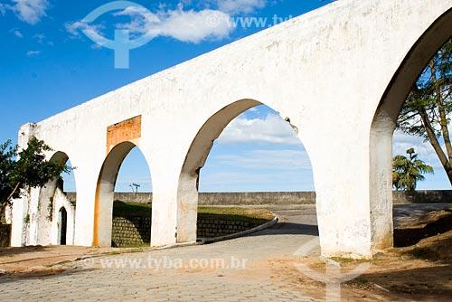 Assunto: Parte restante de aqueduto construído por escravos no século XIX / Local: Biguaçu - SC / Data: 05/2008
