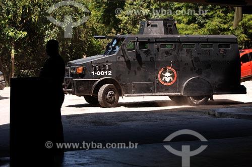 Assunto: Caveirões, veículos blindados de uso do Bope (Batalhão de Operações Especiais da Polícia Militar) / Local: Entre Morro Pereirão e Tavares Bastos - Rio de Janeiro - RJ / Data: 07/2008