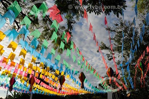 Assunto: Praça principal de Santa Rita decorada para festa junina / Local: Santa Rita - MA / Data: 08/2008