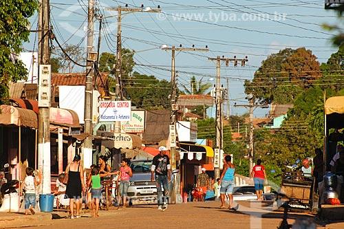 Assunto: Rua com estabelecimentos comerciais / Local: Curionópolis - PA / 2008