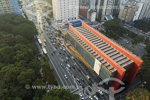 Assunto : Vista do Museu de Artes de São Paulo (MASP) na Avenida Paulista / Local : São Paulo - SP / Data : Maio de 2006  - São Paulo - São Paulo