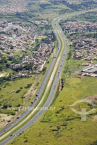 Assunto: Vista aérea da Rodovia dos Bandeirantes / Local: Campinas (SP) / Data: 11 de Abril de 2007
