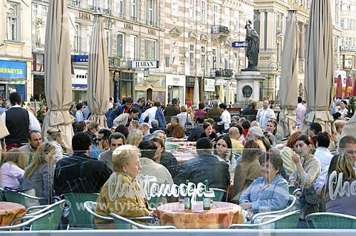 Assunto: Café no calçadão da rua Graben no centro de Viena / Local: Viena - Áustria / Data: 22 de Abril de 2007
