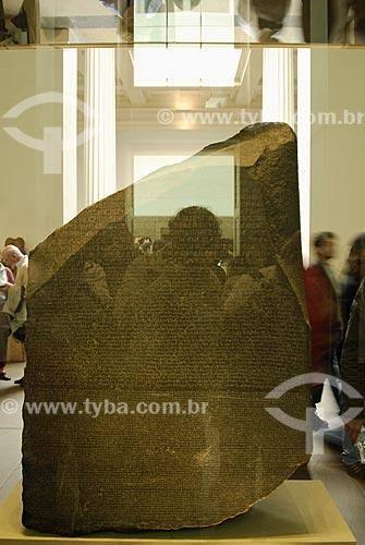 Assunto: Museu Britânico (British Museum) - Pedra de Roseta - Artefato egípcio / Local: Londres - Inglaterra / Data: 26 de Abril de 2007