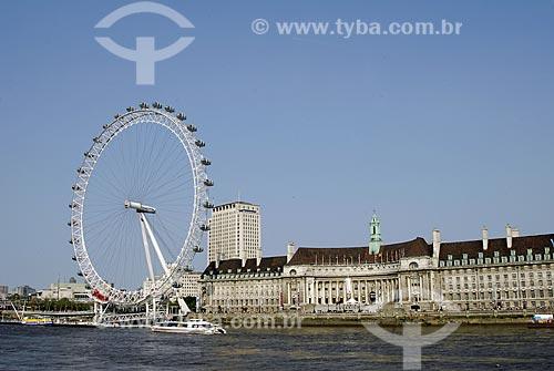 Assunto: Roda do Milênio (Millennium Wheel - London Eye) e Aquarium / Local: Londres - Inglaterra / Data: 28 de Abril de 2007