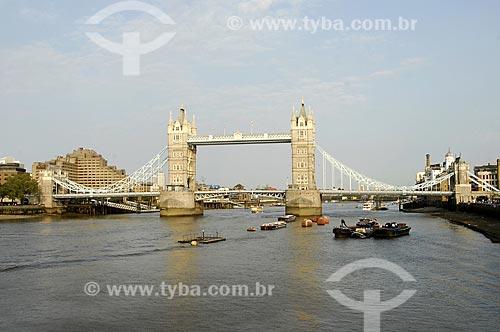 Assunto: Ponte da Torre (Tower Bridge) / Local: Londres - Inglaterra / Data: 28 de Abril de 2007