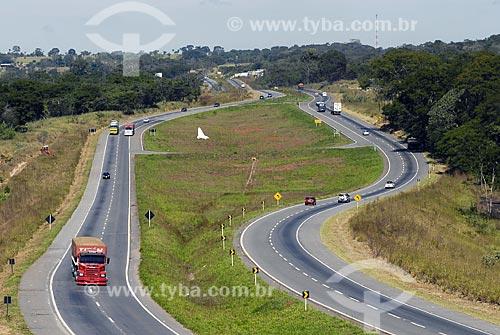 Assunto: Rodovia Belém Brasília - BR153 - transporte de equipamentos pesados / Local: Anápolis (GO) / Data: 28 de Maio de 2007