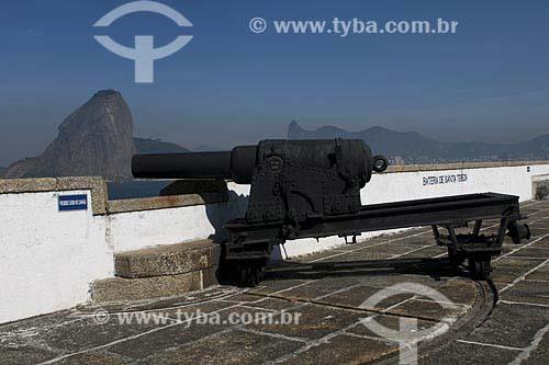 Assunto: Detalhe da Fortaleza de Santa Cruz com Pão de Açúcar ao fundo / Local: Niterói (RJ) / Data: 02 de Agosto de 2008