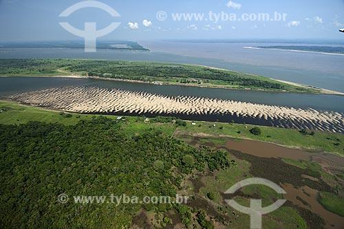 Assunto: Encontro dos rios Madeira e Amazonas, na margem direita do rio Amazonas / Local: Amazonas (AM) / Data: 29 de Outubro de 2007