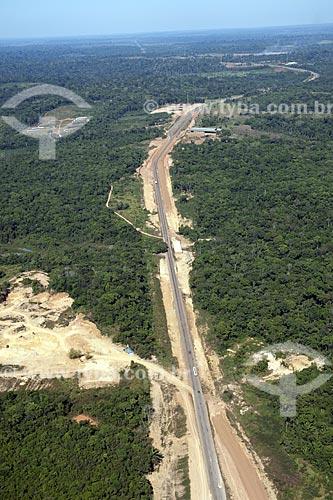 Assunto: Vista aérea da BR-364, que liga Porto Velho a Rio Branco, trecho próximo à Porto Velho / Local: Rondônia (RO) / Data: 21 de Junho de 2007
