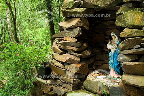 Assunto: Gruta de Nossa Senhora de Lourdes, dentro das Termas de São João / Local: São João do Oeste - Santa Catarina (SC) - Brasil / Data: 13/02/2009