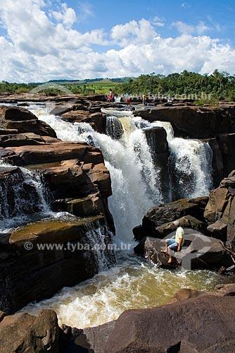 Assunto: Salto do Rio Saudades / Local: Quilombo - Santa Catarina (SC) - Brasil / Data: 15/02/2009
