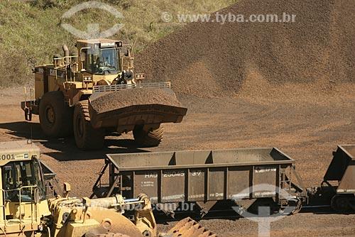 Assunto: Mina de Alegria - Carregamento de Minério de Ferro - Vale do Rio Doce / Local: Mariana - Minas Gerais (MG) - Brasil / Data: Agosto de 2007