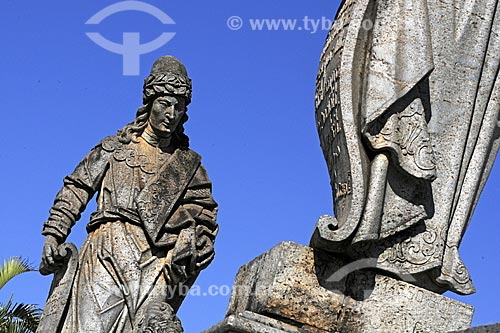 Detalhe dos profetas do Santuário de Bom Jesus de Matosinhos, esculturas em pedra-sabão de Aleijadinho (Antônio Francisco Lisboa)  - Congonhas - Minas Gerais - Brasil