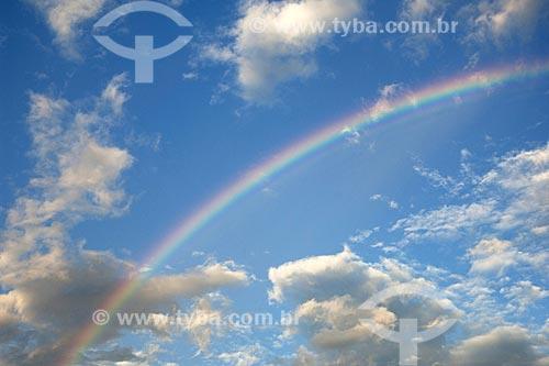 Assunto: Arco-íris em um lago da ESEC Anavilhanas / Local: Rio Negro - Amazonas (AM) - Brasil / Data: Julho 2007