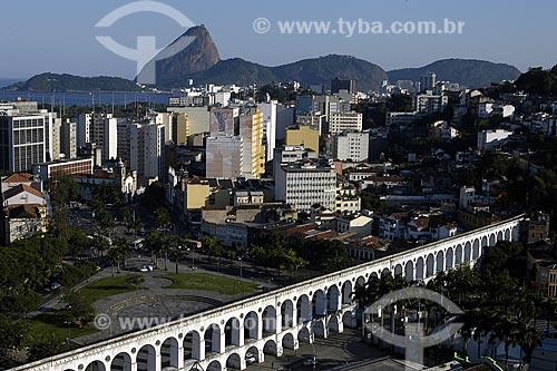 Assunto: Bairro da Lapa, região boêmia da cidade do Rio de Janeiro. Vista dos Arcos do Lapa, Pão de Açucar e baía da Guanabara ao fundo / Local: Lapa - Rio de Janeiro - RJ - Brasil / Data: 2008