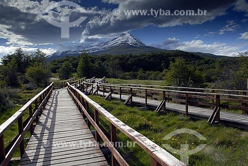 Assunto: Decks panorâmicos na Baía Lapataia; Canal de Beagle; Parque Nacional Terra do Fogo / Local: Ushuaia - Argentina / Data: 11 / 2008