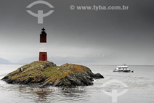 Assunto: Passeio de catamarã à Isla Los Lobos e ao Farol do fim do mundo pelo Canal de Beagle / Local: Ushuaia - Argentina / Data: 11/ 2008