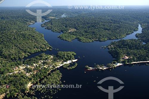 Assunto: Vista aérea da Reserva de Desenvolvimento Sustentável do Tupé / Local: Rio Negro acima de Manaus - Amazonas - Brasil / Data: Junho de 2007
