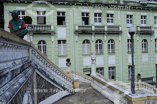 Assunto: Palácio Anchieta (Primeiro plano) e prédio histórico (segundo plano) /Local: Vitória - ES /Data: Março de 2008