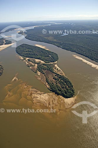 Assunto: Vista aérea do rio Araguaia na região do Cerrado / Local: perto de Luciara - Mato Grosso (MT) - Brasil / Data: Junho de 2006