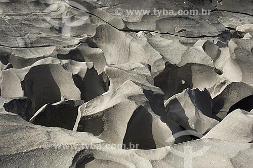 Assunto: Vale da Lua - formações rochosas erodidas pela água do rio São Miguel, na Chapada dos Veadeiros / Local: perto de Alto Paraíso - Goiás (GO) - Brasil / Data: Junho de 2006