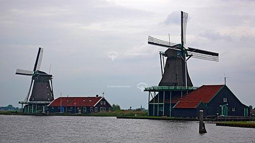 Moinhos em Zaanse Schans, próximo à Amsterdam - Amsterdam - Holanda