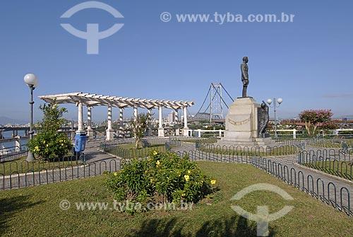 Assunto: Praça e Ponte Hercílio Luz / Local: Florianópolis - Santa Catarina - Brasil / Data: 12/2007