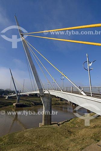 Asunto: Passarela Governador Joaquim Macedo sobre o Rio Acre / Local: Rio Branco - Acre - Brasil / Data: 06/2008