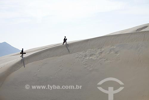 Assunto: Dunas da Praia do Siriú / Local: Garopaba - Santa Catarina (SC) - Brasil / Data: 23/05/2009