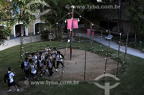 Instalação - Pátio (Arena) do Turé na área externa do Museu do Índio - Povos indígenas do Oiapoque (Amapá), vivem na fronteira do Brasil com a Guiana Francesa: Karipuna; Galibi; Galibi-marworno; Palikur - Uso educacional  - Rio de Janeiro - Rio de Janeiro - Brasil